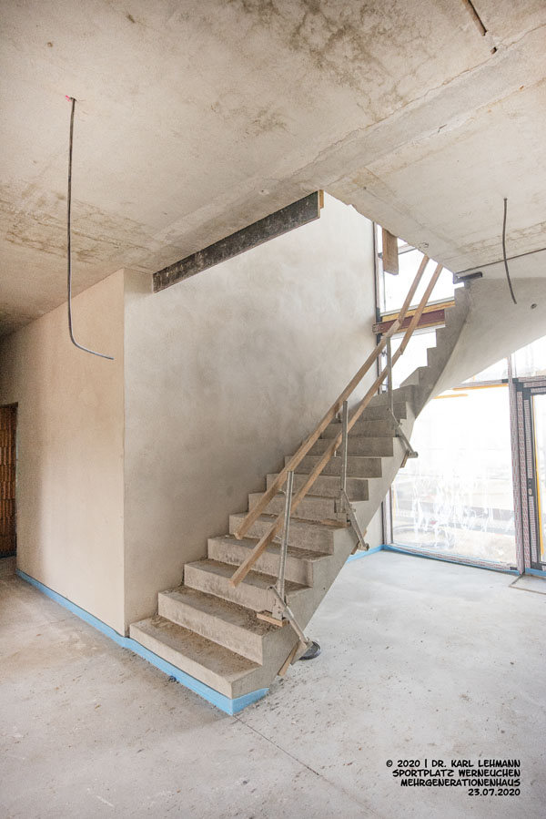 Mehrgenerationenhaus RW WER, Treppe zu 1. Etage